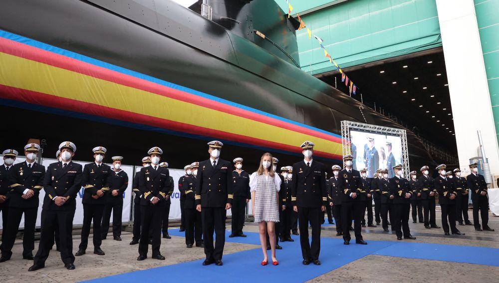 La princesa de Asturias bautiza el nuevo submarino Isaac Peral