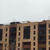 Imagen de la terraza donde se puede apreciar el humo