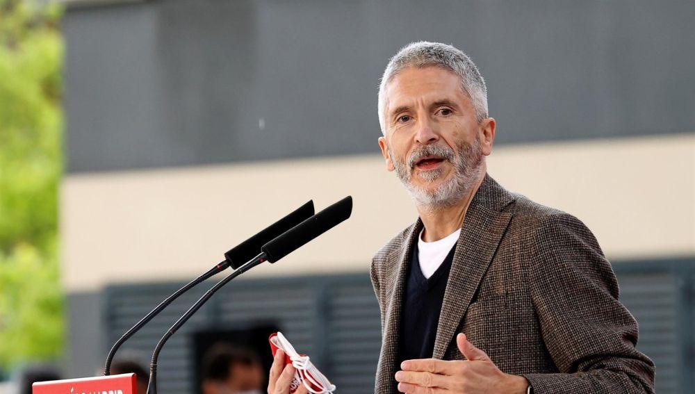 """El PP pide la dimisión de Marlaska por llamarles """"organización criminal"""" durante un acto de campaña"""