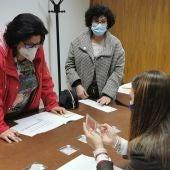 María Cruz Moreno Romero, logra el primer premio en el I Concurso Regional de encajes de Bolillos