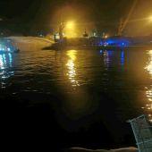 Incendio grúa puerto de Cartagena