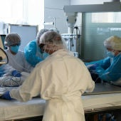 La meitat dels pacients hospitalitzats per covid pateix trastorns psicològics 7 mesos després de rebre l'alta