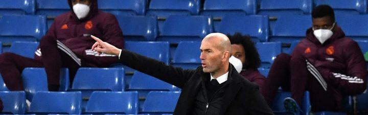 ¿Debe seguir Zidane la róxima temporada entrenando en el Real Madrid?