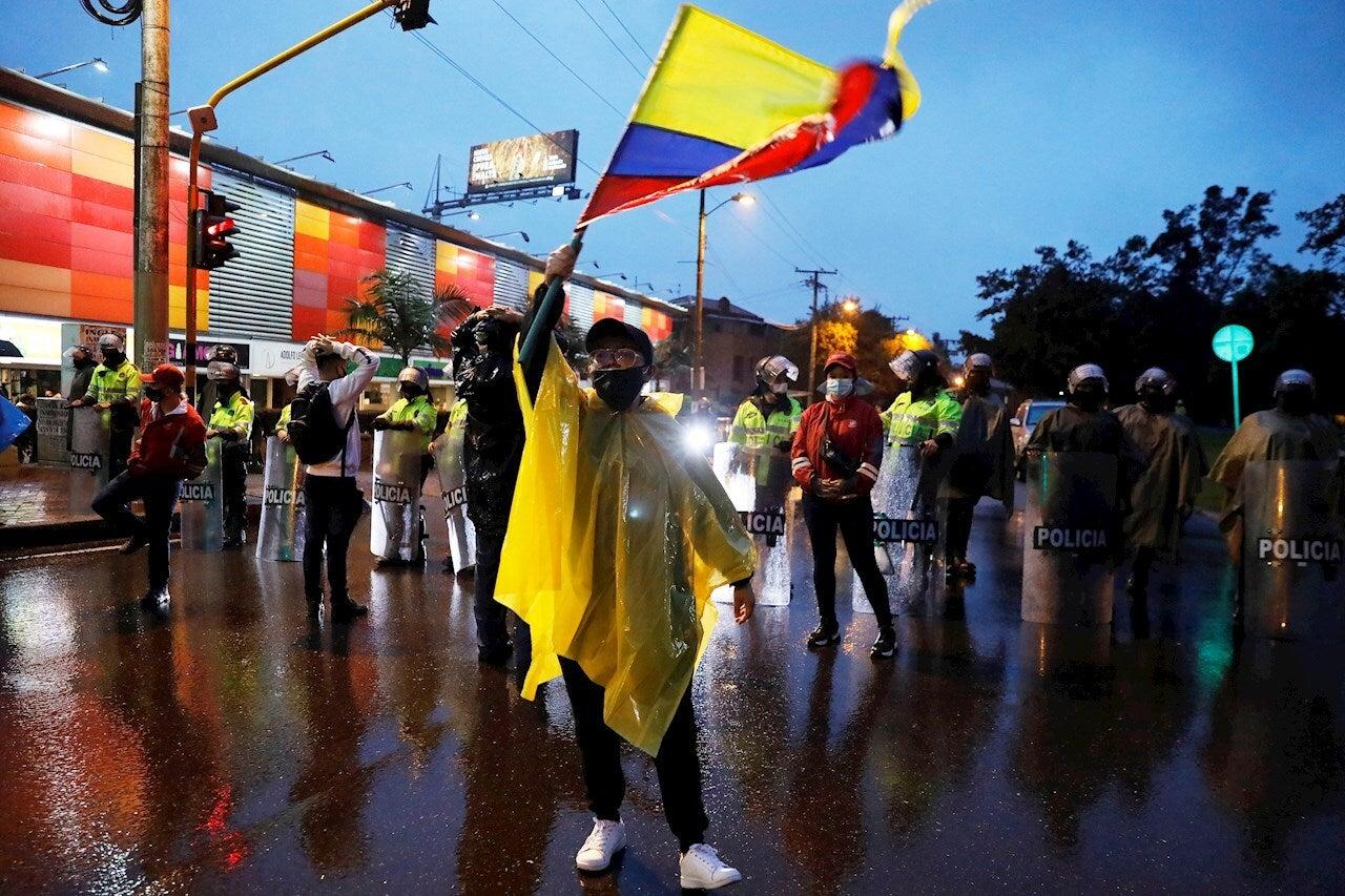 El Orden Mundial: La brutalidad policial en las manifestaciones en Colombia