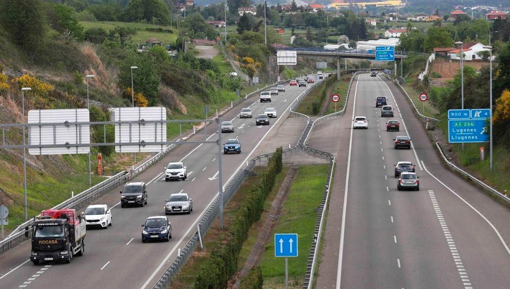 Vista general de las AS-II que une Oviedo y Gijón.
