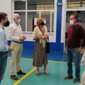 Instantes de la visita al polideportivo en Chiclana