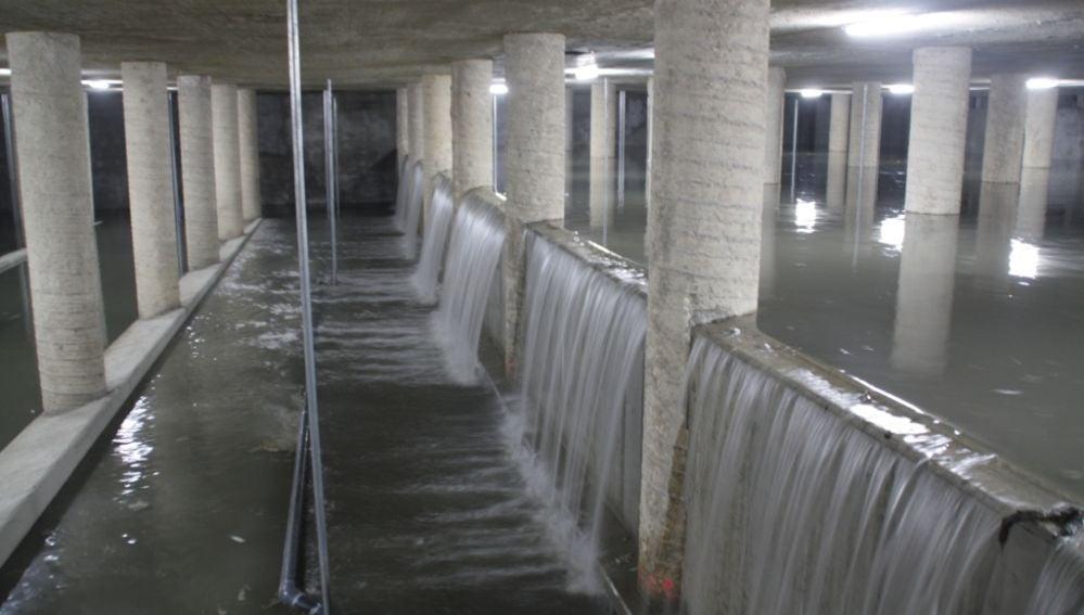 El Ayuntamiento construirá seis depósitos de tormentas para evitar el colapso de los colectores y la depuradora de Pinedo