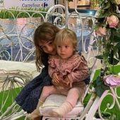 Anna y Olivia en una imagen reciente