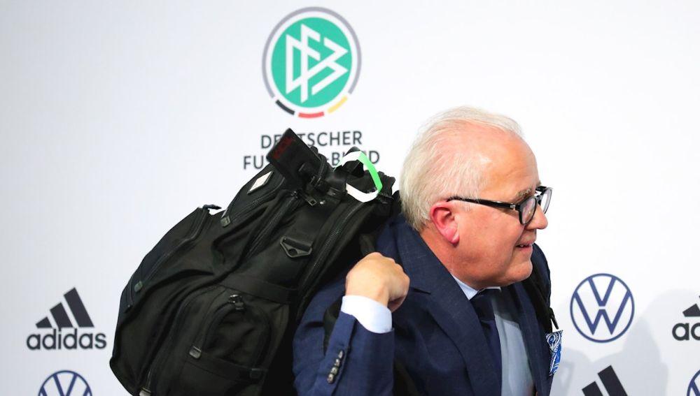 Escándalo en la Federación Alemana de Fútbol: El presidente dimite tras comparar a su segundo con un juez nazi