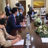 Marian Cano en la reunión con la ministra Reyes Maroto