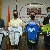 Héctor Carretero en su visita a la Diputación de Albacete junto a Fran Valera, Santiago Cabañero y Dani Sancha.
