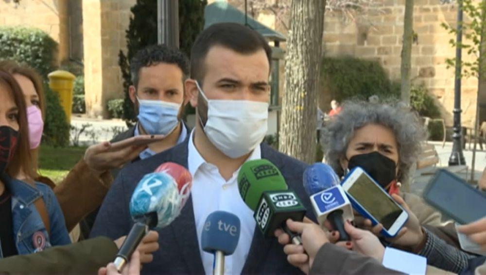 El alcalde de Cáceres pide un esfuerzo colectivo en Aldea Moret para bajar los contagios
