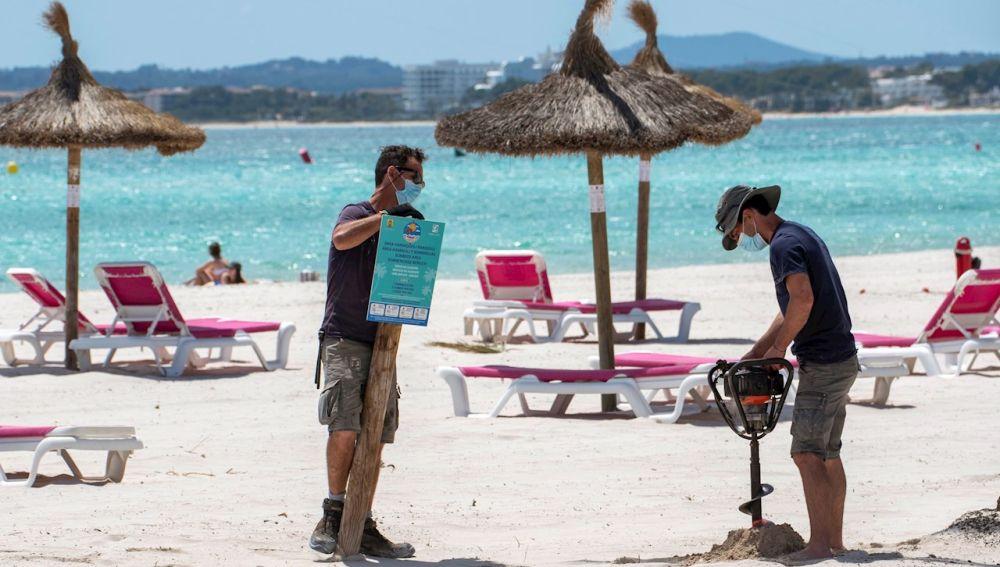 ¿Dejará de ser obligatoria la mascarilla en exteriores este verano en España?