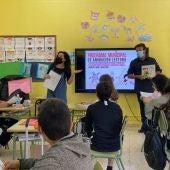 Las actividades en el aula, que se están realizando durante los meses de mayo y junio, incluyen sesiones de cuentos comentado, de creación literaria y de ilustración