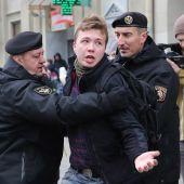 Bielorrusia obliga a aterrizar un avión en Minsk para detener a un periodista opositor