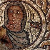Imagen de la alegoría de La Primavera, mosaico de las Cuatro Estaciones, de Paradinas