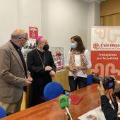 Cáritas Cuenca presenta su memoria 2020 con el obispo, José María Yanguas