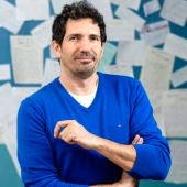 César Bona, maestro y escritor.