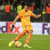 Rulli lanza el penalti en la final de la Europa League