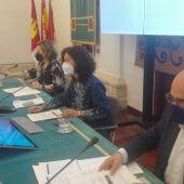 Los responsables de la UCLM durante la presentación de la EvAU