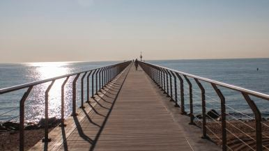 Playa del Pont del Petroli (Badalona, Barcelona)