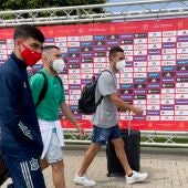 Koke, Jordi Alba y Pedri llegan a la concentración de la selección española