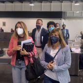 Concejales del PP de Elche abandonando el pleno del Ayuntamiento del mes de mayo.