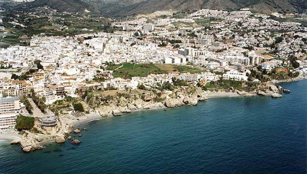 Playa Calahonda en Nerja, Málaga