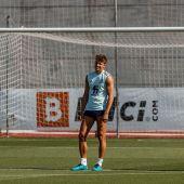 Thiago, Marcos Llorente y Fabián en un entrenamiento de la selección española
