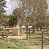 Imagen de la zona de barbacoas de Las Aguas. Valdepeñas