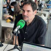 El director Carlos Cuarón, durante su entrevista con Kinótico en el Festival de Málaga