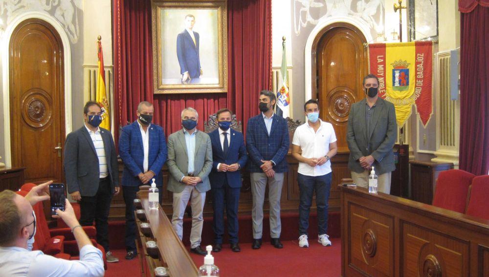 Cerca de 130 equipos participarán este fin de semana en Badajoz en la Baja TT Dehesa Extremadura