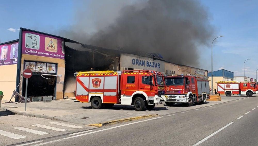 El incendio en el polígono industrial de Seseña ya ha sido extinguido