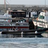 El buque 'Ángeles Alvariño' vuelve por primera vez a puerto tras 13 días de rastreo por las niñas de Tenerife