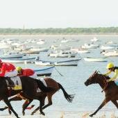 Los caballos volverían a correr en las playas de Sanlúcar en agosto