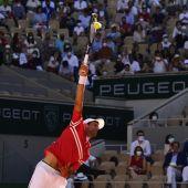 Djokovic remonta a Tsitsipas y conquista su segundo Roland Garros