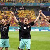 Jugadores de la selección de Austria celebran su victoria frente a Macedonia del Norte