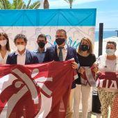 Francesc Colomer con representantes de ayuntamientos galardonados