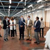 Ximo Puig visita las instalaciones de la firma castellonense Marie Claire