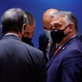 La Unión Europea le enseña la puerta de salida a Hungría