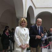 La baronesa Carmen Thyssen y el alcalde de Málaga, Francisco de la Torre
