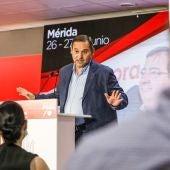El ministro de Transportes, José Luis Ábalos, en un acto del PSOE en Mérida este sábado.