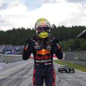 Verstappen refuerza su liderato al ganar en Estiria
