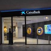 Trabajadores de Caixabank protagonizan una nueva jornada de huelga y se concentran en Badajoz en rechazo al ERE