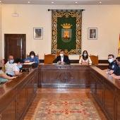 El Ayuntamiento reforzará los controles para evitar concentraciones para beber en la calle