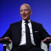 Jeff Bezos deja la dirección de Amazon
