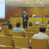 El magistrado José de la Mata en uno de los encuentros en Alicante