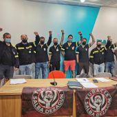 Los trabajadores de Tubacex exigen a la empresa que readmitan a los trabajadores despedidos en las mismas condiciones.