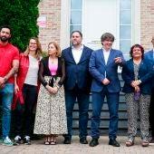 """Puigdemont y Junqueras mantienen en Waterloo """"un encuentro personal y emotivo"""" después de 4 años"""