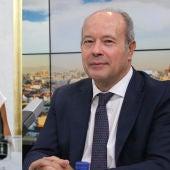 Meritxell Batet y Juan Carlos Campo no se esconden: la pareja disfruta de sus vacaciones en Cádiz